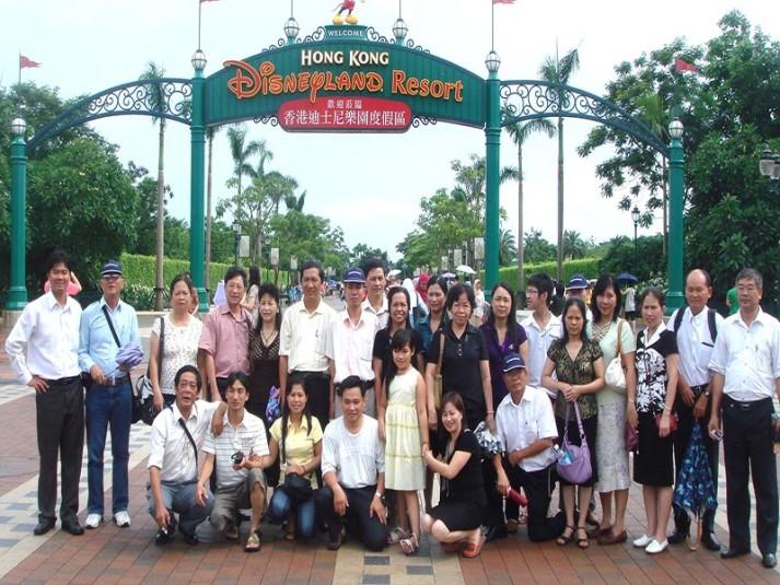 HINH TAI DISNEYLAND_908