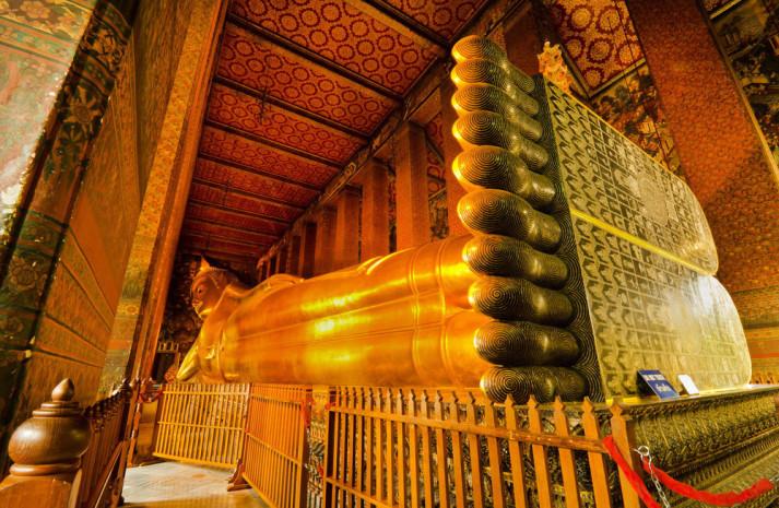 Reclining golden Buddha, Wat Pho, Bangkok, Thailand