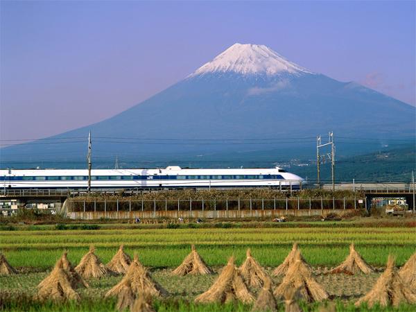 shinkansen-9192-1415360891